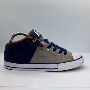 Youth Converse canvas slip ons with laces